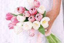 Muttertags-Gedanken / Am 14. Mai ist Muttertag! Der Tag zu Ehren Deiner Mama! Willst Du ihr dieses Jahr eine kleine Freude bereiten? Schenkst Du gerne Selbstgebasteltes oder einfach einen Strauß Blumen? Hier findest Du tolle DIY's, Geschenkideen, Rezepte und Sprüche für Deine Mami!