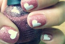 Nail Polish / Everything you ever wanted to know about nail art