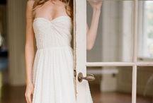 Dresses / by Pamela Mejia