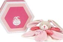 Babys / Zauberhafte Geschenke für besondere Momente, begeisternde und entwicklungsfördernde Spielsachen und Spiele, Schönes fürs Kinderzimmer.