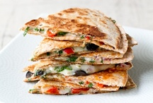 Sandwiches - panini's and grilled / grilled sandwiches are blissful! / by Cathie Carlson