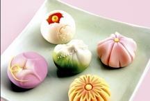 和菓子 - Traditional Japanese Sweets / by Selfish Cooking