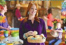 The Pioneer Woman's Recipes / The Pioneer Woman's Recipes  / by Cindy