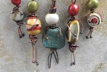 diy jewelry / You don't need any artisan skills or finest materials to create stunning jewelry. An idea is enough.