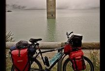 Slow Travel by Bike / Travel the world by bike. It's green, healthy and fun.