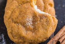 Food - Cookies / by Cathy Dods Wood