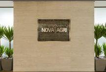 A|W Interiores - NovaAgri / Sede da NovaAgri, em SP. Escritório de 1.063m² preza pela elegância e sobriedade, sem deixar de lado a produtividade e o estímulo à colaboração. Projeto e obra finalizados em 2016
