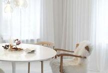 Gardiner - Matsal & Kök / Gotain gör det enkelt att beställa skräddarsydda gardiner! Ett noggrant utvalt sortiment, multifunktionell upphängning samt snabb och kostnadsfri frakt! Gotain sammetsgardiner vävs i Spanien, ett land med lång erfarenhet och bred kunskap inom just textiltillverkning. Vi skräddarsyr alla gardiner i vår Atelje i Sverige, därför är leveranstiderna snabba.