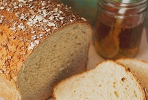 Cooking - Bountiful Breads / by Carla Androy