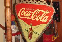 Coca-Cola International / by Carla Androy