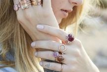 White Flos ♚ Rings / The ring always believes that the finger lives for it ツ