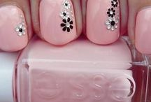 Nail Art To Try & Nail Polish I Love / Nail art designs that I'd love to try. Nail art, nail polish, nail paint, nail varnish, nail designs, nail stickers, manicures, glitter, nails, arts,  designs.