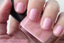 Best Nail Polish & Nail Art Posts from BeautyBestFriend.com / Some of my best nail polish & nail art blog posts and reviews from www.beautybestfriend.com Beauty Best Friend, beauty blogger, UK beauty blogger, beauty blog, UK beauty blog, nail polish reviews, nail varnish reviews, nail paint reviews, nail art, nail art designs