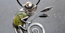 Jewelry with Animals and Creatures / Jewelry with animal motives, jewellery with animals, jewellery with bugs, jewellery with nature motives, butterfly jewelry, jewelry with birds, jewellery with insects, jewellery with frogs, jewellery with turtles, jewellery with creatures, author's jewellery, original wildlife jewelry,
