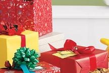 Gift Ideas / by Rhonda Smith