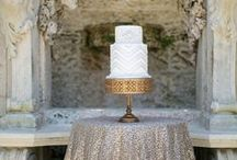 Wedding Cake / To texture or not to texture, square or round, 2 tiers or 3?  So many decisions!  Use the photos below for inspiration:)