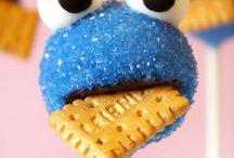 Krümelmonster - Cookie Monster / Hier findet ihr lustige Rezepte und witzige DIY zum Krümelmonster.