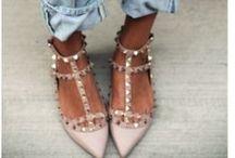 Flats I adore / by Ashley Bond