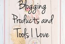 Blogging Products and Tools I Love / Blogging products, tools and courses I have tried and love. Everything you need to build and run a successful blog and online business