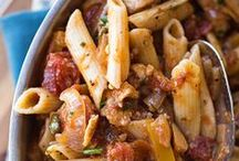 PASTA - RED SAUCE / Food pasta with red sauce