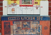 Tin Toy Kitchen / by Nicole Souders