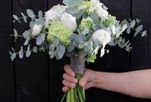 Leikkokukat - hääkimput / Meiltä saat yksilölliset floristien sitomat tilaustyöt elämän joka tilanteeseen, olipa sitten kyse häistä, ristiäisistä, hautajaisista tai vaikka ystävän tai läheisien ilahduttamisesta. Kukkia, kimppuja, kransseja – mitä tahansa!  Myös pienemmät onnittelukukat voit tilata kätevästi etukäteen.  Leikkokukka kimppuja - hääkimppuja morsiamille.  kukkakimppuja, vieheitä   #flör