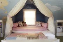 Lolita Disney Room / by Minjee Kasckow