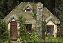 Cozy Cottages / by Susan Christensen