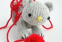 Crochet & Crafts: Cats / Cats & things for cats.  Patterns & Ideas.  Some are free, some are not free.