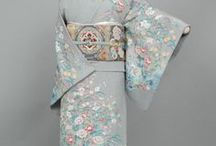 Japanese Kimonos /  There are TEN types of Kimono:  Yukata, Furisode, Komon, Tomesode, Susohiki/Hikizuri, Odori Katamigawari, Iromuji, Mofuku, Houmongi, Uchikake.    https://www.tsunagujapan.com/10-different-types-of-kimono-for-women/