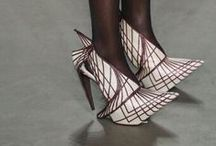 Bizzaar Shoes / by Saundra McKenzie