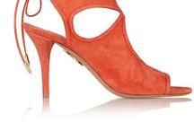 closet {orange // red}