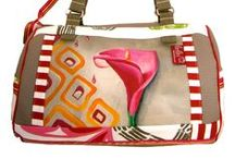 Love Bags Tassen / Tassen, koffers en portemonnee's Bags Suitcases and Wallets / by Annette Velthuis-Hadderingh