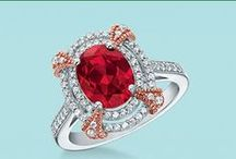 Red Hot / Fiery sparkle for those who like it hot.