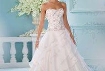A Wedding Dress every girl dreams of! / wedding dresses