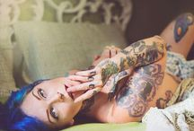 Suicide Girl / https://m.facebook.com/melomanganophography/
