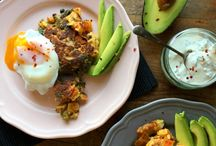 Breakfast & Brunch Recipes / For delicious vegetarian breakfast ideas look no further. From interesting ways with eggs to savoury and sweet pancakes, homemade apricot and dark chocolate granola to mini frittatas and healthy rhubarb muffins. Breakfast will never be the same again.