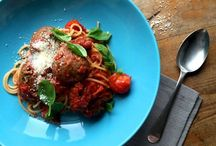 Pasta Recipes / Pasta recipes with a vegetarian twist. From my juicy spaghetti and meatless meatballs to my mums red pepper and tomato lasagne there are plenty of ways to enjoy this Italian favourite. Quick, easy and delicious, what more could you want?