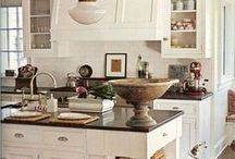Kitchens / by Cristina @Remodelando la Casa