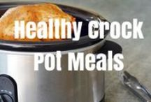 Clean Eating Crock Pot Recipes / Make Healthy Eating Simple!  Try these Clean Eating Crock Pot Recipes #CleanEating #CrockPot / by Kimberly Danger