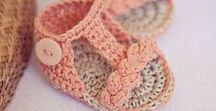 Baby Booties / Only the cutest crochet baby booties patterns!