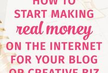 Monetizing Your Blog / Do you want to make money from blogging? This board will teach you how to monetise your blog and make a career from blogging. It'll show you the steps that successful entrepreneurs have made to monetise their website and bring extra income from blogging.