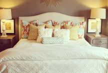 Home Sweet Home / Inspiration for what my house will look like one day :) / by Lizzie Elmore