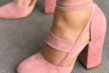 ( SHOES // ACCESSORIES )