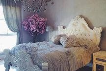 Home Decor / by Issy Bel