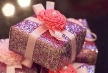 Gift ideas / by Issy Bel