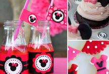 Minnie Mouse Party Ideas / How to plan the most adorable Minnie Mouse party
