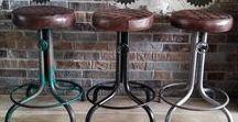 Industriele / vintage krukken / Industriële krukken gemaakt van ijzer, leder of hout.