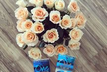 Just Flowers ... and my books / I absolutely love flowers. Roses and daisies, tulips and daffodils, tropical and northern.