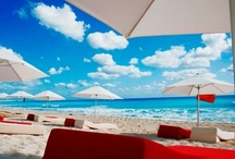 Cancun / Visit one of the most beautiful beaches in Mexico
